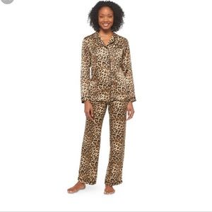 Gilligan & O'Malley animal print satin pj set